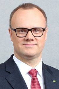 Dr. Robert Mayr