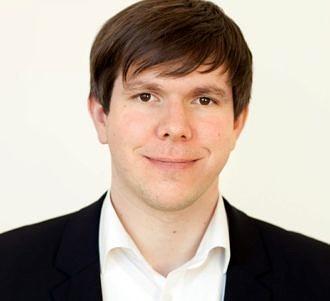 Dr. Sebastian Engel